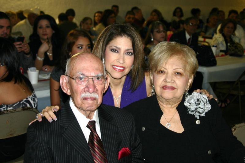 Agapito & Odilia Zuniga with daughter, Sylvia Zuniga-Vargas
